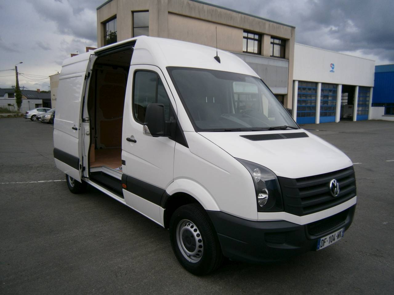 breizhloc volkswagen crafter 14m3 breizhloc. Black Bedroom Furniture Sets. Home Design Ideas